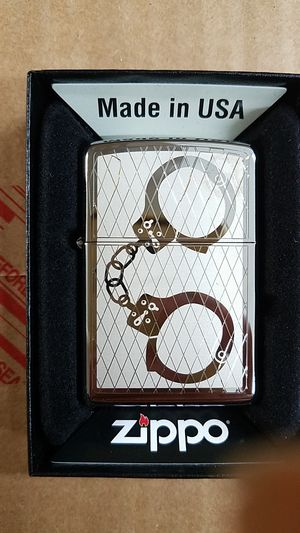 Zippo handcuffs bling high polished chrome 28287 for Sale in Los Angeles, CA