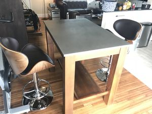 West Elm kitchen island/Dining table and 2 high top chairs for Sale in North Miami, FL