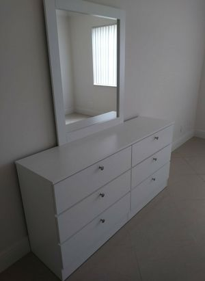 GREAT SALE NEW BEAUTIFUL DRESSER WITH MIRROR for Sale in Biscayne Park, FL