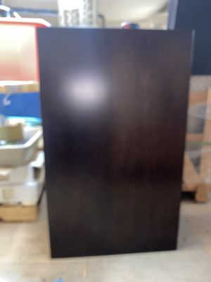 Cabinet and mirror for Sale in Bellevue, WA