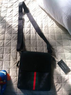 Gucci GG supreme messenger bag for Sale in Nashville, TN