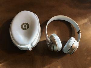 Beats Solo 2 Wireless for Sale in Fort Lauderdale, FL