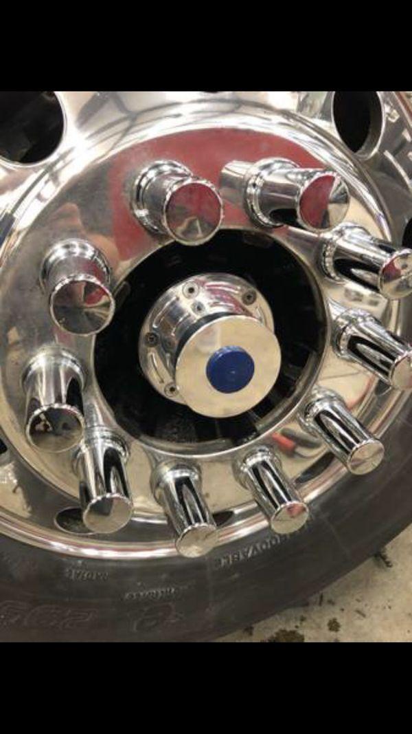 Billet Polished Aluminum Oil Hub Caps