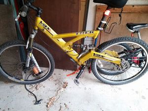 TREK VRX LT400 mountain bike for Sale in Sharon, MA