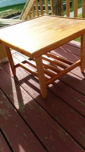 Small table with lip and lower shelf for Sale in Danville, NH