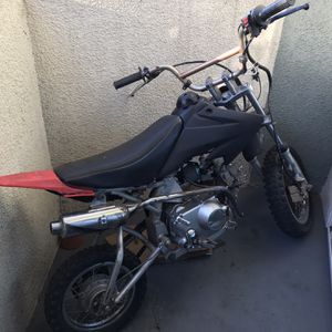 Pit Bike 110cc for Sale in Los Angeles, CA