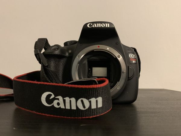 Canon Rebel T5, Great Condition, Bundle or items sold separately