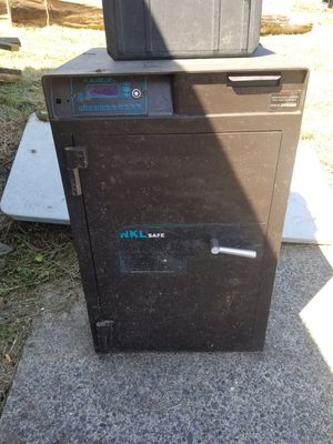 ELECTRONIC SAFE for Sale in Camas, WA