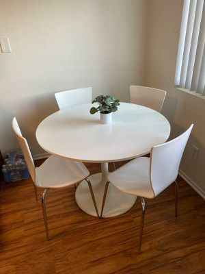 Kitchen Table w/4 chairs IKEA for Sale in Whittier, CA