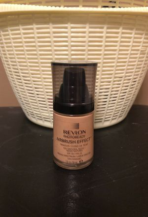 Revlon natural beige airbrush effect foundation for Sale in Hamburg, NY