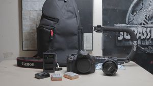 Canon T5i + Starter Accessories for Sale in Crofton, MD