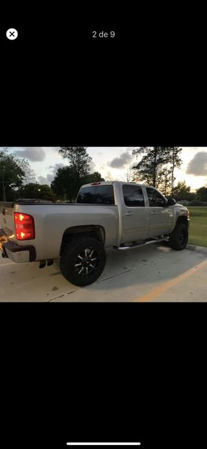 Chevrolet Silverado for Sale in Houston, TX