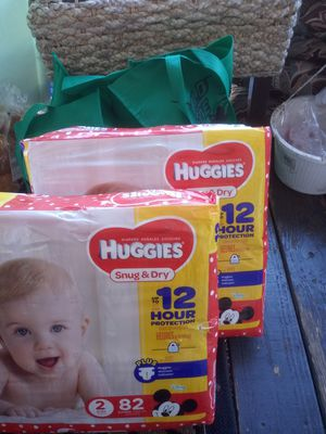 Huggies size 2 ....12 hr protection snug and dry diapers for Sale in Akron, OH