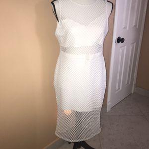 Women Dress , Bestido De Mujer Blanco for Sale in Hollywood, FL