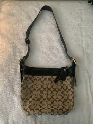 Coach bag for Sale in Trenton, NJ