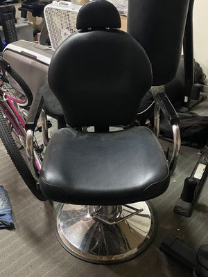 Salon chair for Sale in Hanford, CA