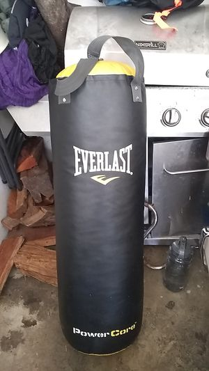 EverLast punching bag for Sale in Escondido, CA