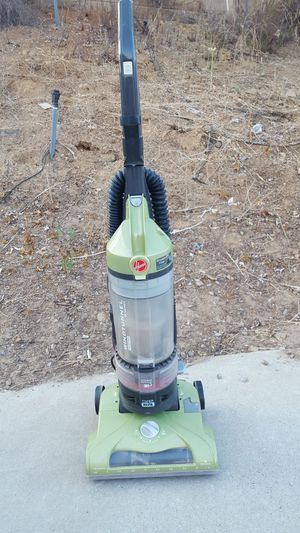 HOOVER WIND TUNNEL VACUUM CLEANER for Sale in Escondido, CA
