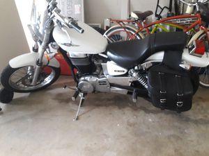 Suzuki boulevard 650 2007 motorcycle for Sale in Orlando, FL