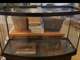 FREE 46g Tank With Cracked Panel Bowfront for Sale in Yorba Linda,  CA