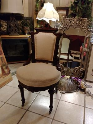 Old English Parlor Chair for Sale in San Benito, TX