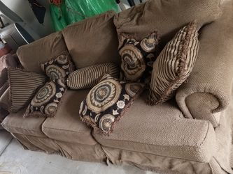 Couch with pillows for Sale in Glen Burnie,  MD