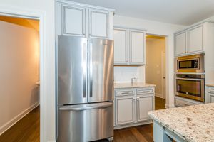 Whirlpool Refrigerator - less than 1 year old for Sale in Miami, FL
