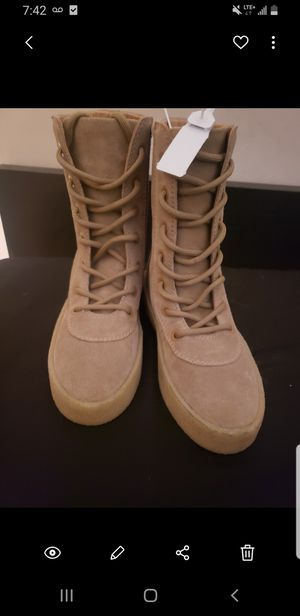 Yeezy Taupe Boots Season 4 Size 35 Women for Sale in Rosemead, CA