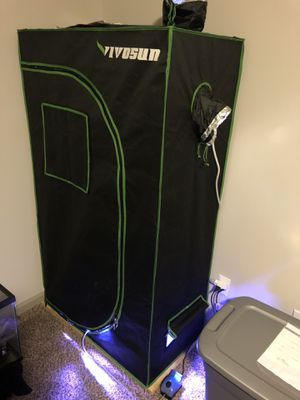 Grow tent and Full spectrum LED light for Sale in Lexington, KY