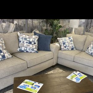 Couch for Sale in Norristown, PA