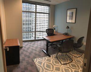 Office desk for Sale in Atlanta, GA