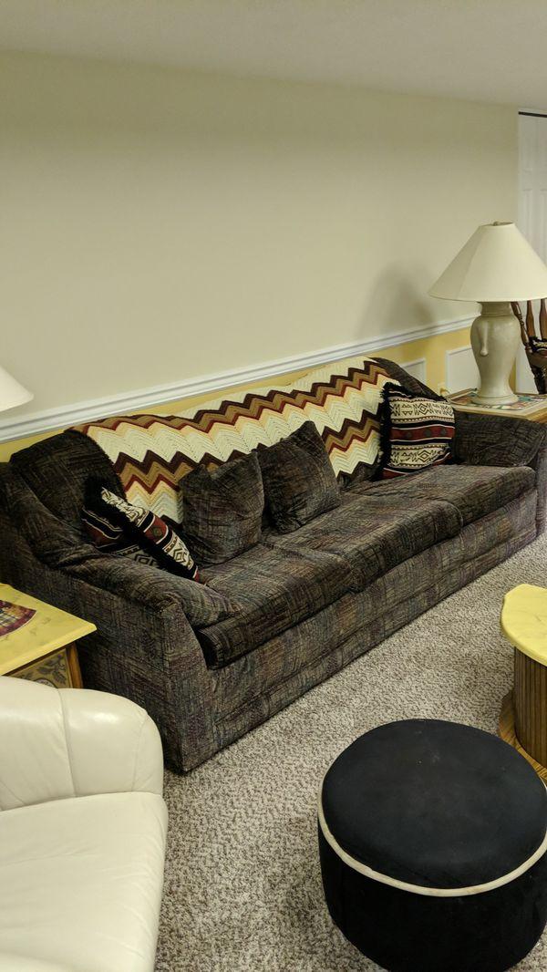 Sofa makes into sleeper queen size