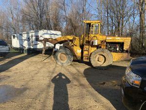 loader with forks and bucket trade for Sale in Otisville, MI