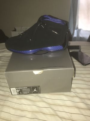 Jordan retros 18 Black / blue for Sale in Alexandria, VA