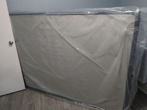 Mattress and box springs free for Sale in Long Beach, CA