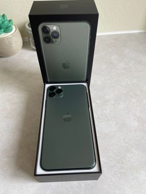 iPhone 11 pro max 256 GB unloked for Sale in Rosemead, CA
