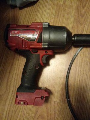 Milwakuee impact wrench does not include battery for Sale in Glendale, CA