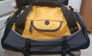 High Sierra Duffle Bag for Sale in Keansburg, NJ