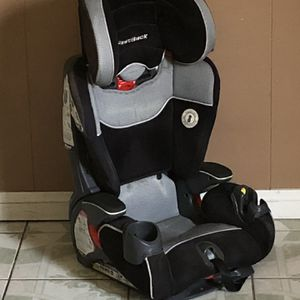 BABY TREND FAST BACK BOOSTER SEAT for Sale in Riverside, CA