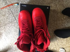 RED FOAMS SIZE 11 for Sale in New York, NY