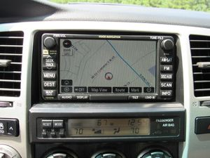 4th gen Toyota 4Runner stock stereo/radio w/ maps/navigation for Sale in San Francisco, CA
