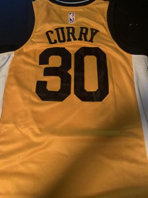 Warriors Curry Jersey. New for Sale in Fontana, CA