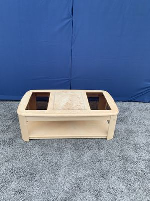 Coffee table for Sale in North Brunswick Township, NJ