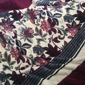 King size blanket for Sale in Fullerton, CA