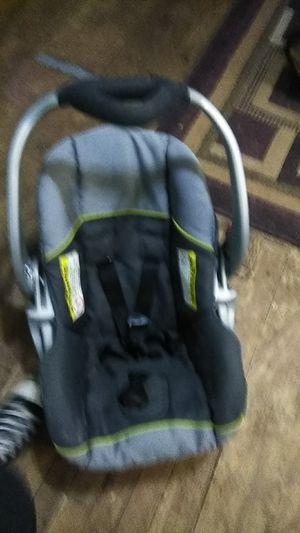 Car seat for newborn for Sale in Shreveport, LA