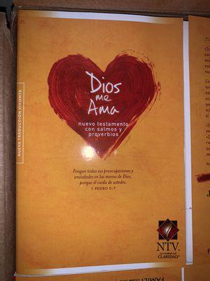 Spanish bible/ biblia española for Sale in Los Angeles, CA