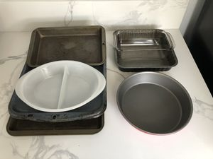 8 pc Bakeware for Sale in Gardena, CA