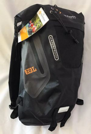 The Outdoor Products Amphibian 20L waterproof backpack for Sale in Gardena, CA