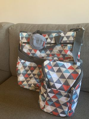Skip hop ( diaper bag, breastmilk cooler, pacifier case) for Sale in New York, NY