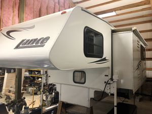 2007 Lance 1181 Truck Camper for Sale in Chehalis, WA